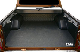 PickUpMatte für Nissan Navara NP300/D231 Doppelkabine (4. Gen.) mit Riffelblech-Auskleidung der Ladefläche