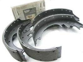 """PAB418R Rear Drum Brake Shoes - 13"""" X 3.5"""""""