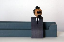 Friedrich Nietzsche (Kantenhocker)