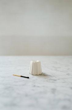 OVO Things: Kerzenhalter Porzellan Canele Weiss