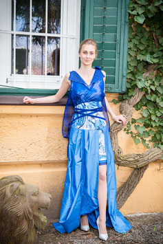 "Haute Couture Award Kleid ""Blue Bionic"""
