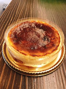 白雪姫の低糖質バスクチーズ&モンサンミシェルの石畳
