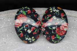 Oval Black red Flower