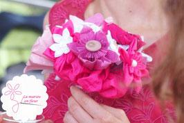 Collection Delphine. Bouquet de mariée original rond framboise, petit modèle