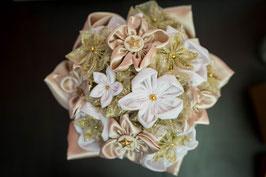 Collection Réveillon – Bouquet de mariée en fleurs en tissu