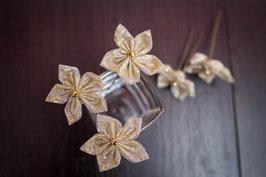 Collection Réveillon – Epingles à chignon en fleur en tissu Or