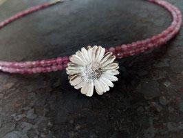 Gänseblümchen Collier mit Turmalin