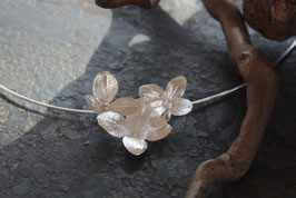 Neu. Hortensien Anhänger mit 3 Blüten