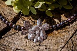 Neu, Hortensien Collier mit anthraziten Süßwasserperlen