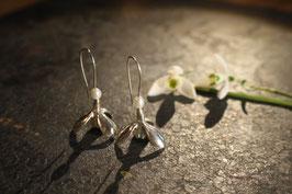 Schneeglöckchen Ohrhänger lang mit Süsswasserperle