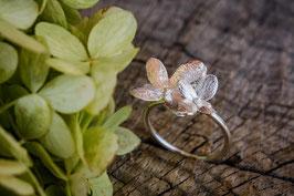 Neu Hortensien Ring mit zwei Blüten