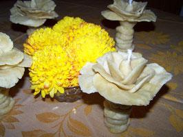 """17.   Восковая свеча """"Роза мира"""" для молитвы и медитации"""