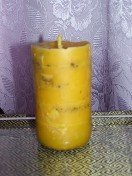 5А. Восковая свеча, энергетизированная