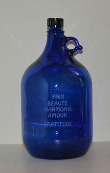 Bouteille en verre bleu cobalt 5 L gravée avec Mots Sacrés