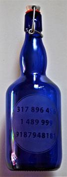 Bouteille en verre bleu cobalt 0,75 L gravée avec Série numérique Grabovoï