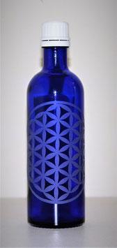 Flacon en verre bleu cobalt 0,2 L gravée avec Fleur de Vie (Modèle 1)