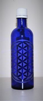 Flacon en verre bleu cobalt 0,2 L gravée avec Fleur de Vie (Modèle 2)