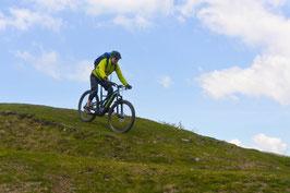 Auffahrt E-Mountainbike Domleschg