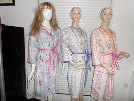 robe de chambre d'été  dessin chat et autres, moustiers bleu, moustiers rose