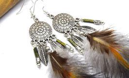 Boucles d'oreilles attrappes-rêves Tawana, plumes naturelles noires et orangées bijoux ethniques,