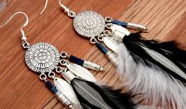 Boucles d'oreilles dreamcatcher plumes noires et blanches, bijoux ethniques,