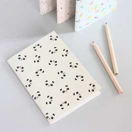 NOTEBOOK PANDAS - PETIT (Zü)