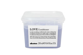 LOVE  conditioner crema lisciante addolcente