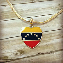 Ref.: 00027. Charm de plata 925 y enamel.  Bandera de Venezuela