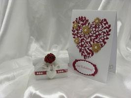 Geschenkverpackung für Verlobungsringe mit Grußkarte