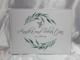 Gästebuch zur Hochzeit mit Fragen HGHGF-01