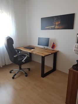 """Schreibtisch """"Roth"""" aus Eiche Bohlen Massiv Eichenholz mit massiven Beinen"""