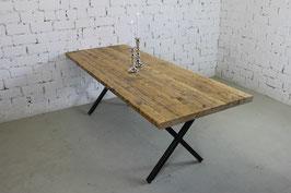"""Esstisch """"Albert"""" aus recyclten Gerüstbohlen inkl. Tischgestell X"""