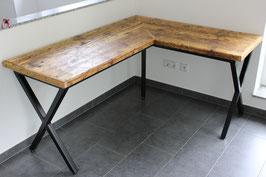 """Schreibtisch """"Alan"""" aus alten Holzbohlen inkl. Tischgestell"""