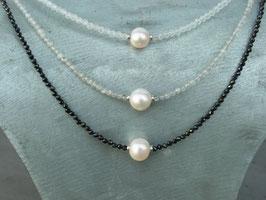 Kristallcollier mit Perle