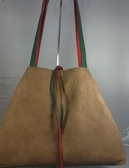 sportliche Wendetasche in rot/grün-hellbraun