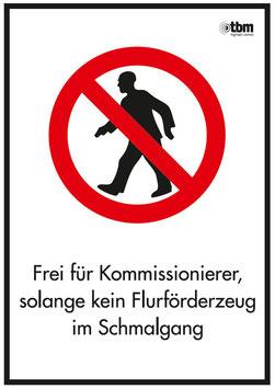 Verkehrszeichen VZ-107 für Fußgänger verboten
