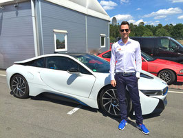 BMW i8 Hybrid Benzin Elektro Sportwagen mieten