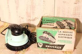 Brosse aspirante électrique années 50 - Peugeot Frères