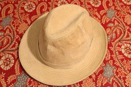"""Chapeau """" Alcantara ganto"""" couleur ivoire"""