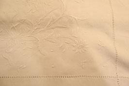 Drap métis et lin brodé à la main monogramme CP grand retour avec broderie