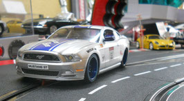 EXR-1018 Ford Mustang GT   2014  1:24