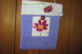 Pochette en velours violet