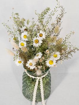 Vasenfüllung mit Trockenblumen