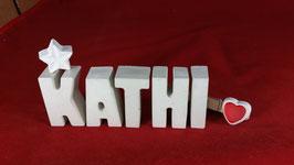 Beton, Steinguss Buchstaben 3D Deko Namen KATHI als Geschenk verpackt mit Stern und Herzklammer!