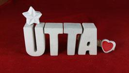 Beton, Steinguss Buchstaben 3D Deko Namen UTTA als Geschenk verpackt mit Stern und Herzklammer!