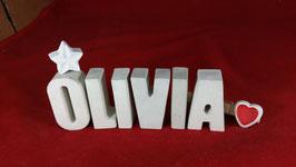 Beton, Steinguss Buchstaben 3D Deko Namen OLIVIA als Geschenk verpackt mit Stern und Herzklammer!