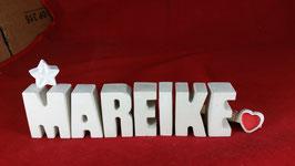 Beton, Steinguss Buchstaben 3D Deko Namen MAREIKE als Geschenk verpackt mit Stern und Herzklammer!