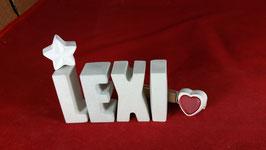 Beton, Steinguss Buchstaben 3D Deko Namen LEXI als Geschenk verpackt mit Stern und Herzklammer!