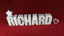 Beton, Steinguss Buchstaben 3D Deko Namen RICHARD als Geschenk verpackt!