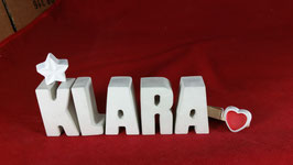 Beton, Steinguss Buchstaben 3D Deko Namen KLARA als Geschenk verpackt mit Stern und Herzklammer!